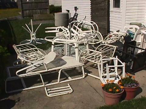 junk patio furniture