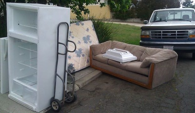$99 refrigerator couch and mattress removal