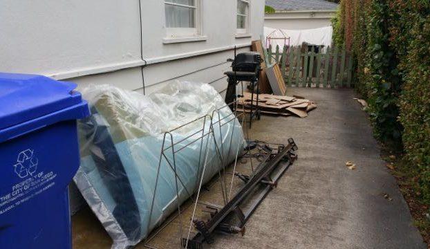 driveway junk removal