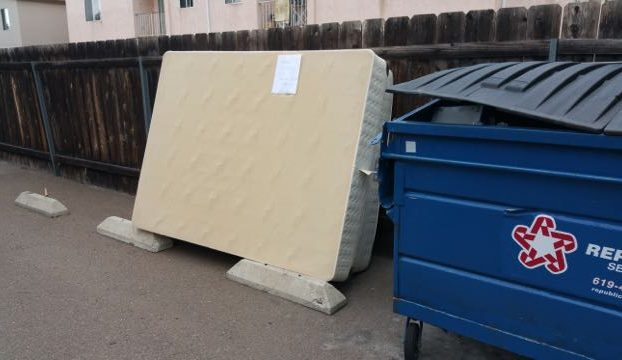 dumpster mattress removal