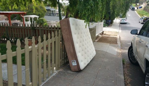 mattress disposal 49