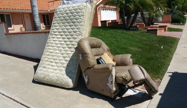 recliner and mattress removal 79