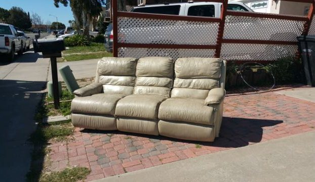 recliner-couch-removal
